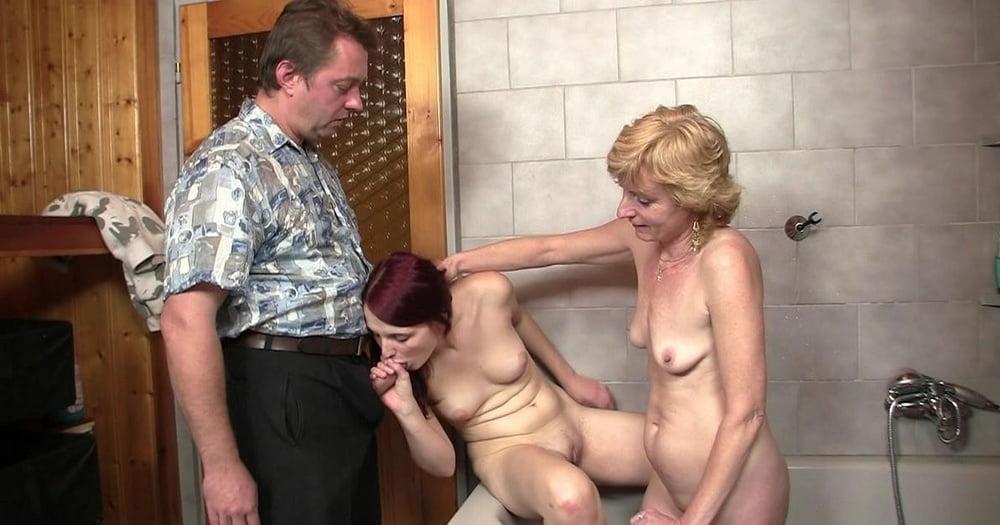 Русское Порно Мама С Дочкой В Бане