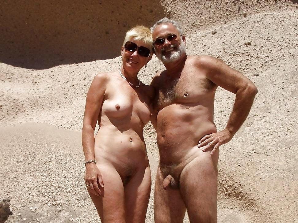 Обнаженные Пожилые Пары