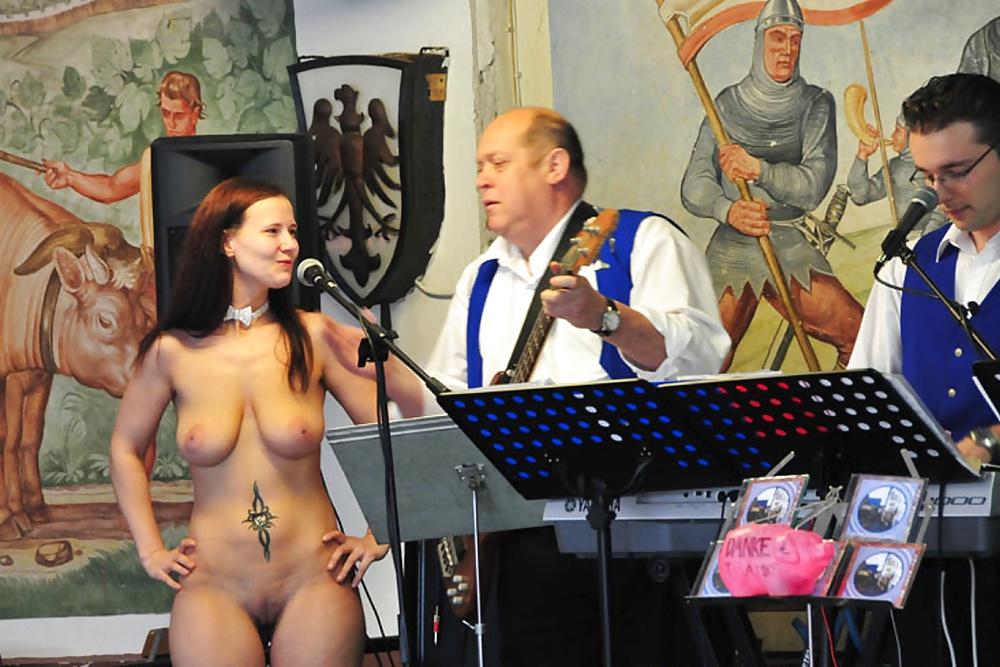 Nackt Singer Iva Franks  Iva Franks