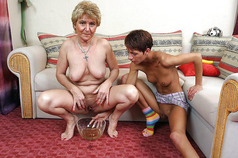 Бабушка И Внук Инцест Порно Смотреть