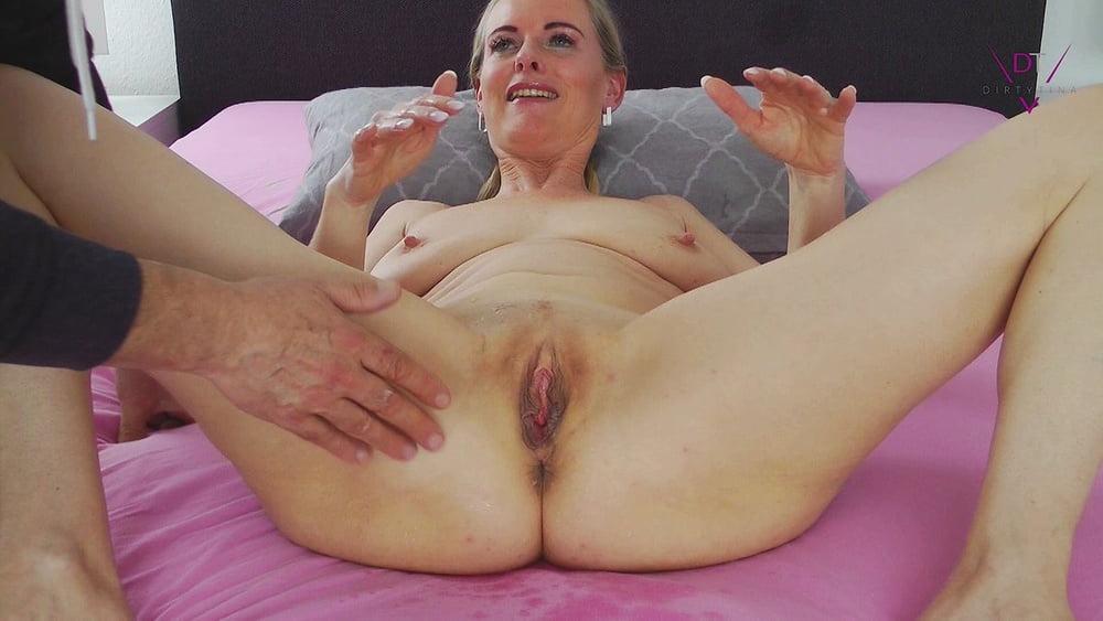 Big natural tits milf