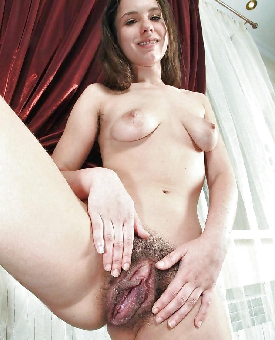 Nude women hair on clit 12