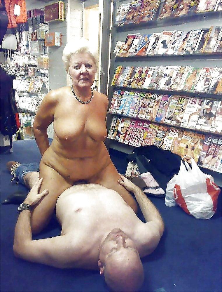 Grandma splits sex nudity, scarlett johansson porn star