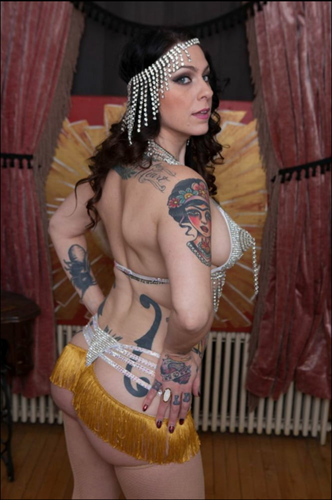 Danielle Colby Nude Mirror