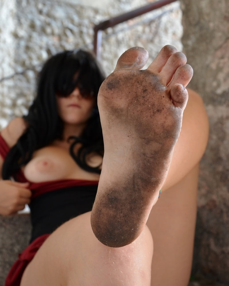 Native nude barefoot