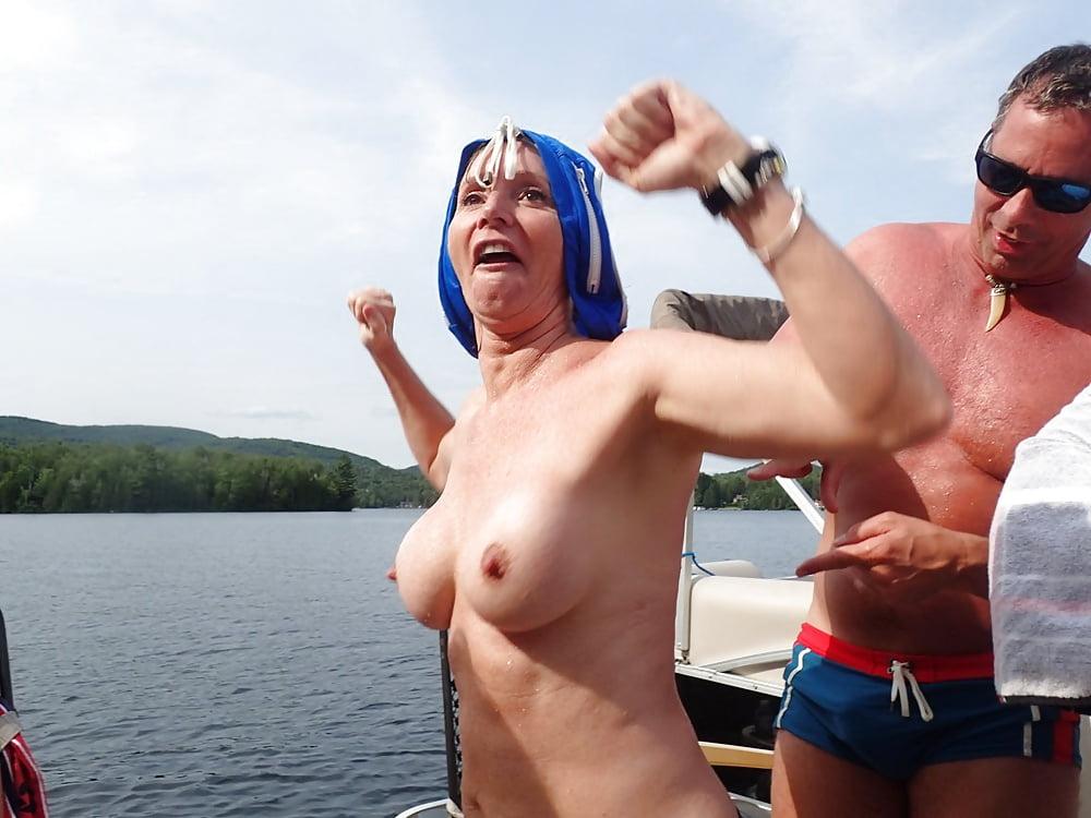 lesbians-having-sex-in-lake-havasu
