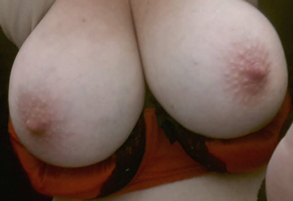 Mature's big tits (from houseWifeWants.ml) - 11 Pics