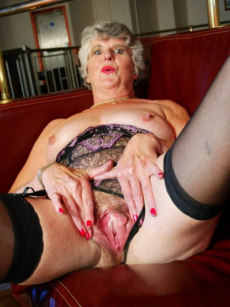 Rate my granny pussy — pic 8