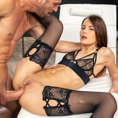 Big Dick Anal Sex With Czech Pornstar Cindy Shine