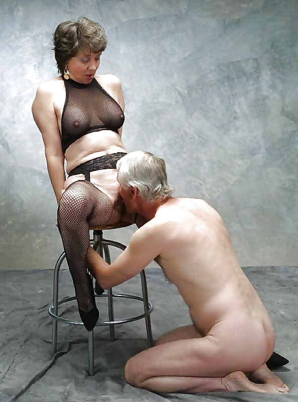 Rough painful german fetish session with blond mature femdom and amateur slave on gotporn