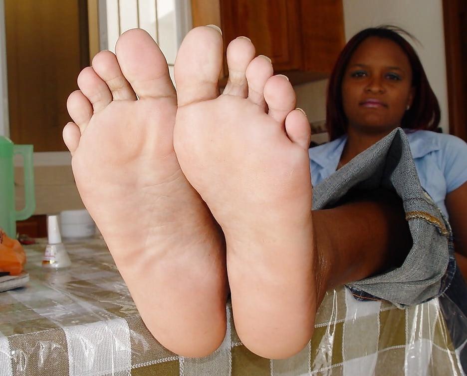 sexy-soles-ebony-teen-year