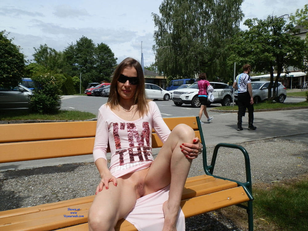 wife-flashes-nude-in-public-gif-teen-cum-casting-couch