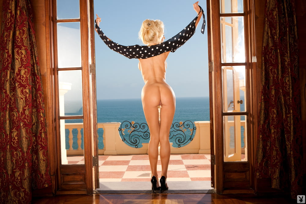 Hot Cowgirl Nicolette Shea Stripping And Posing Naked On Bed Xtapes 1