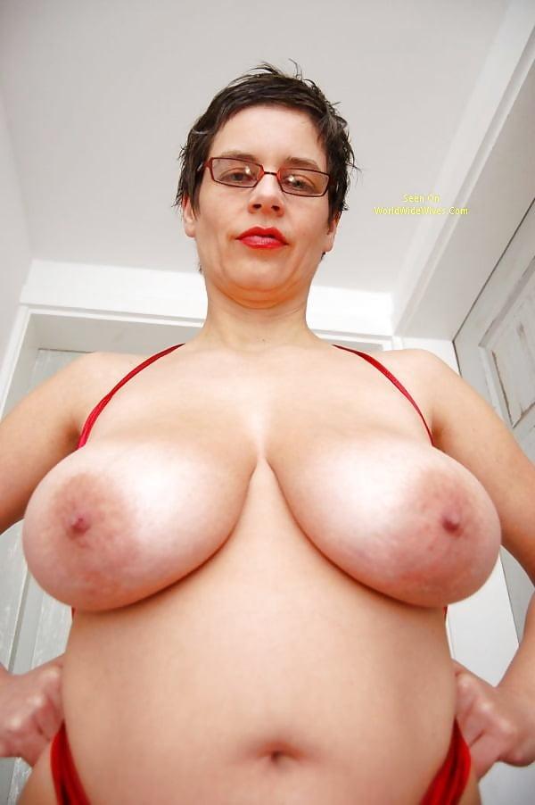 Tina Small Big Boobs Porn Pics