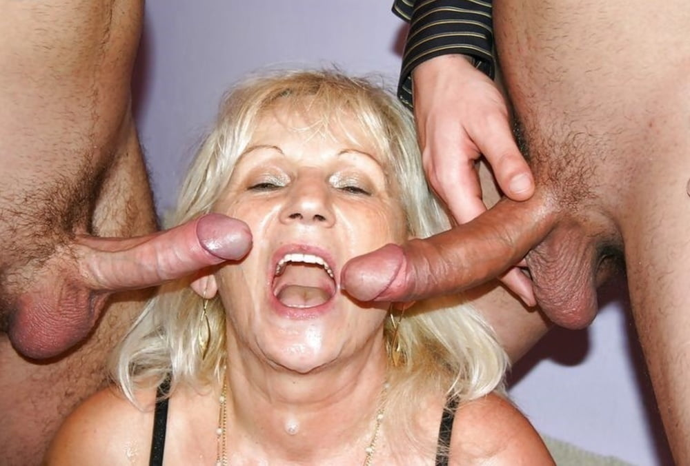 Hot Mature Lady Enjoys Two Cocks In Her Black Pantyhose