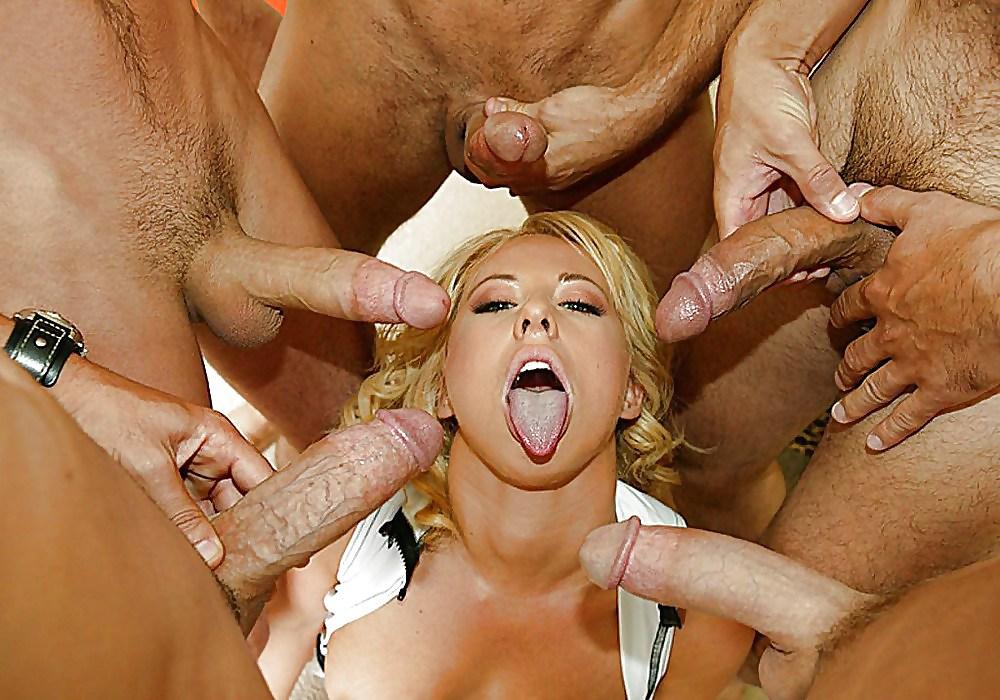 блондинка порно видео отсос у толпы какая-нибудь