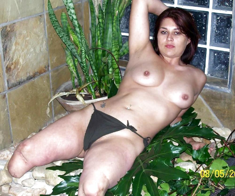 Various nude amputee women