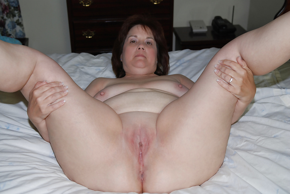 Naked chubby wife vagina ass sex