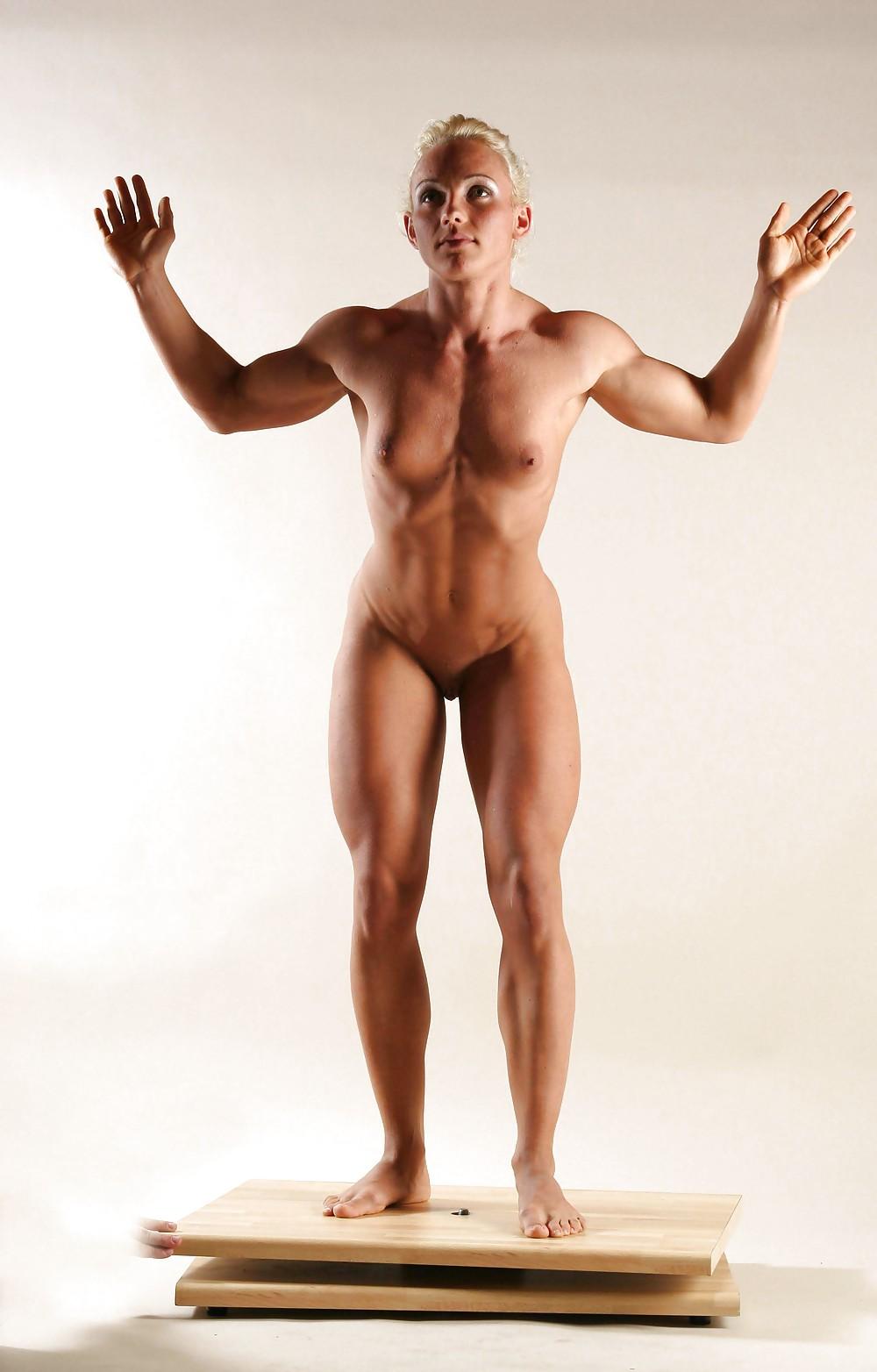 Muscular lady porn