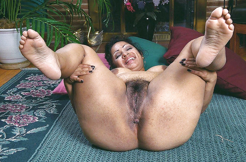 Latina granny nude pictures, images and galleries