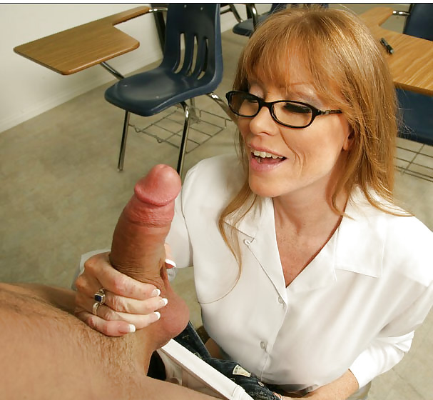 Lone Star Angel With Glasses Gets Squirt And Cum
