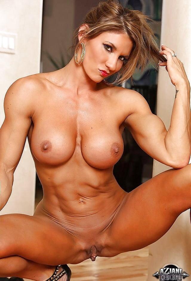 спортивного телосложения женщины порно голые парни бухают