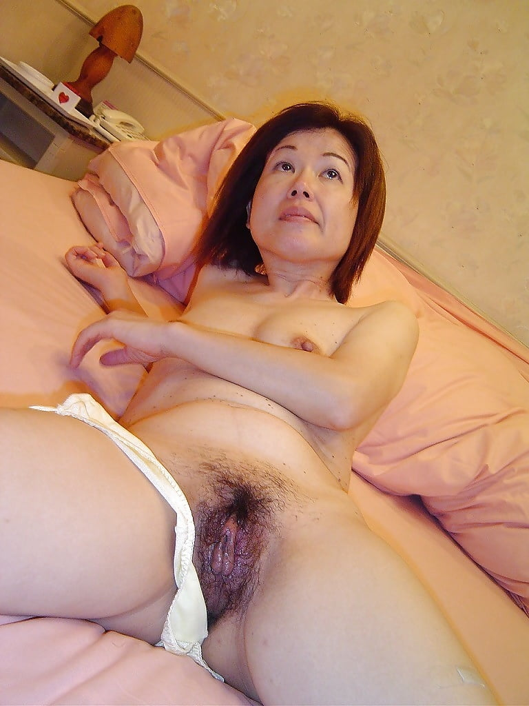 double-free-japanese-granny-naked-pic-hot-and