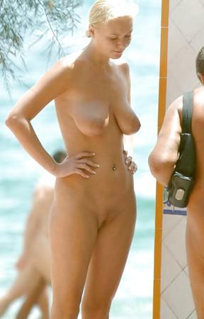 Celeb Columel Nude Beach Photos