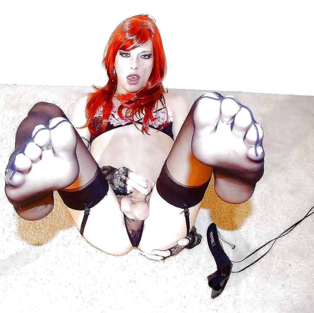 Hot redhead cd loves sex