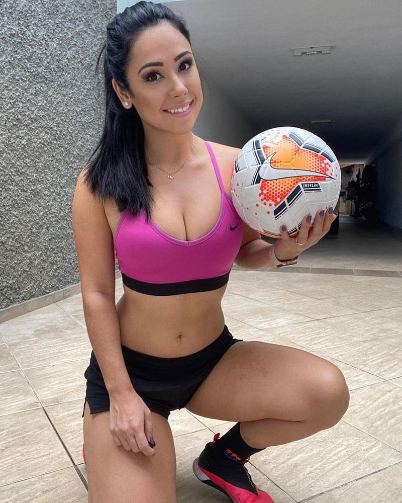 Raquel Freestyle - 49 Pics