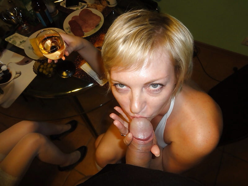 Порно ролик голые русские девушки пальцами его