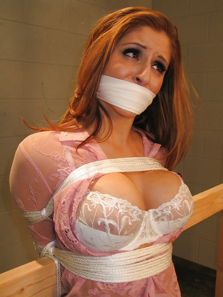 bondage-gagged-play