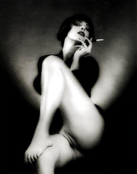 фото курящих женщин эротика поддатый