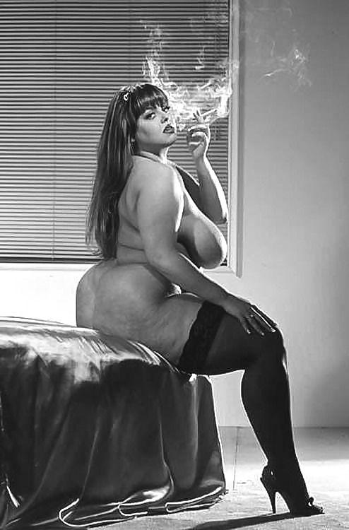 Nude voluptuous smoking — 13