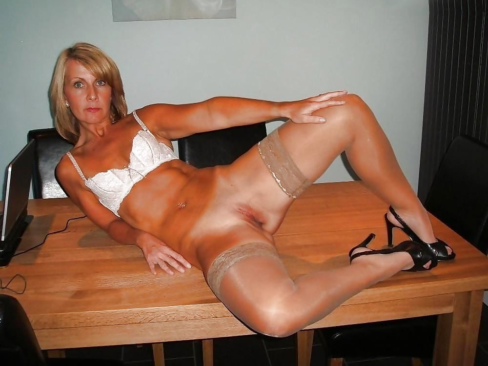 German amateur milfs in nylons on gotporn