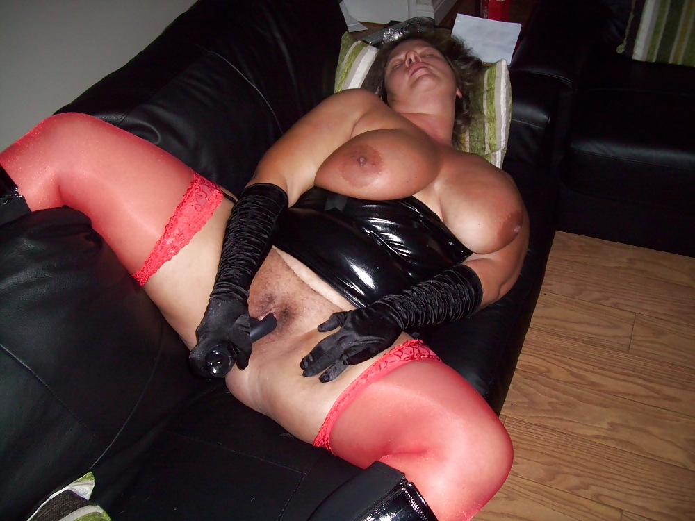 порно фото женщин с жирными ляжками в длинных кожаных сапогах