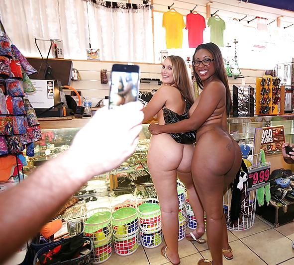 Girls nice ass big tits naked in public — photo 1