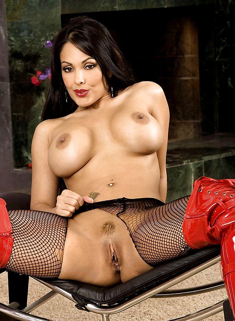 Hd naked pussy nina mercedez — photo 7