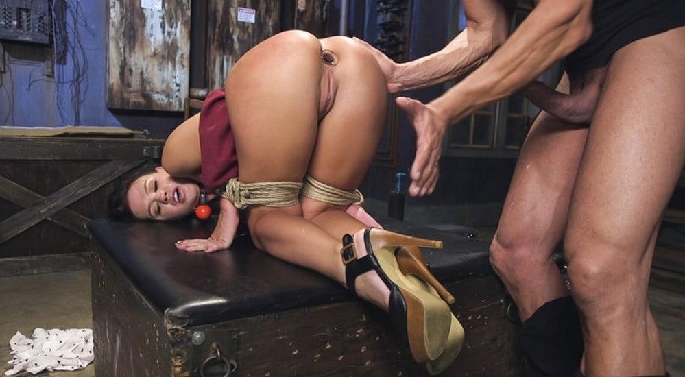 Анальный бдсм порно фото