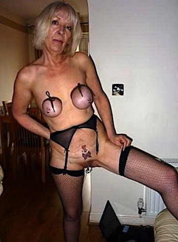 Horny older women near me-4659