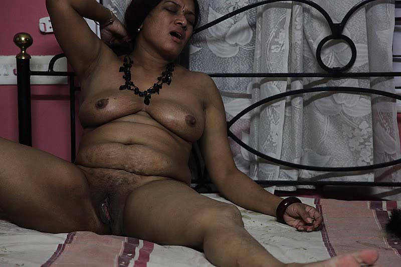 Wife strokes my cock