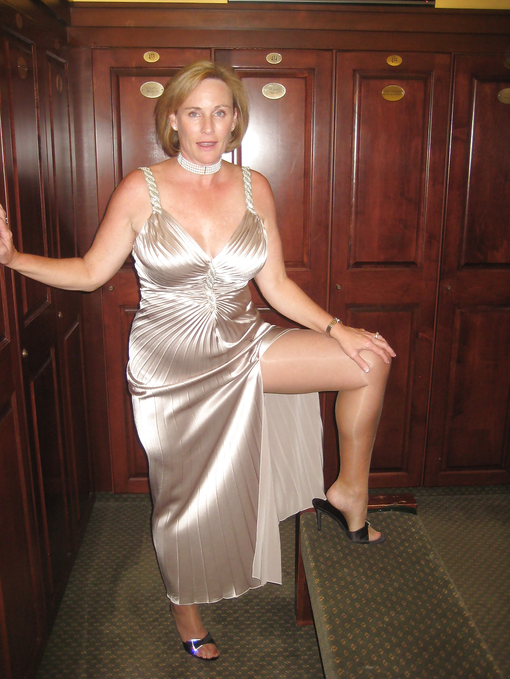 Fully clothed mature porn-1499