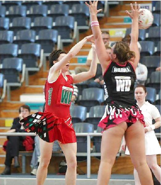 netball-girls-upskirt