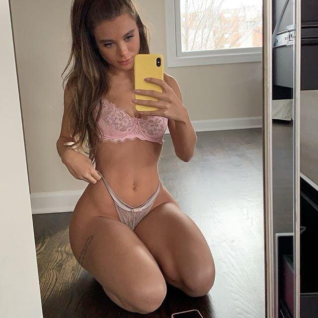 Lana Rhoades - 12 Pics