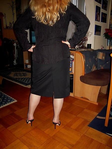 Sexy milf high heels-6558