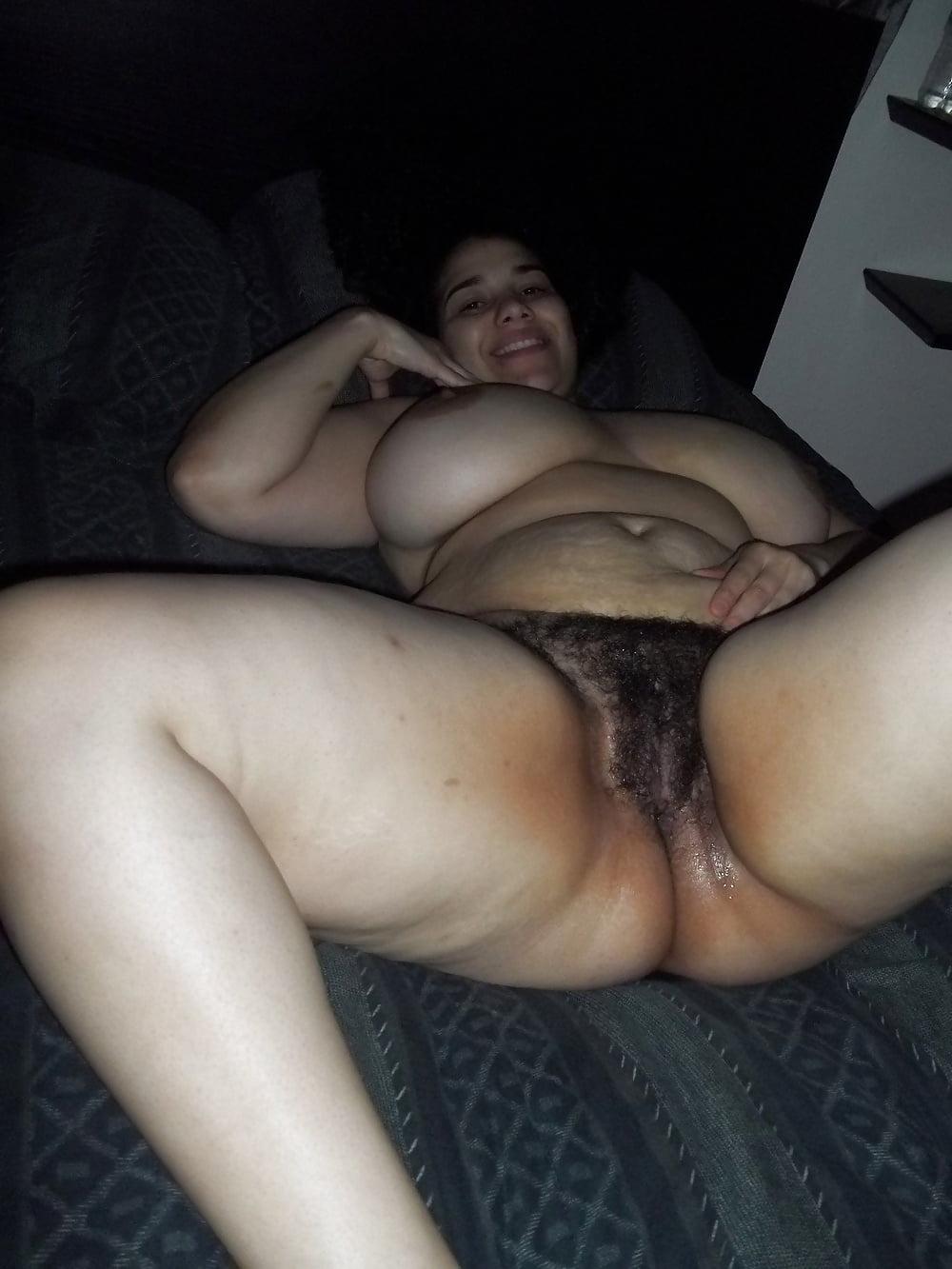 Hermosa gordibuena de cali masturbandose por webcam - 3 part 2