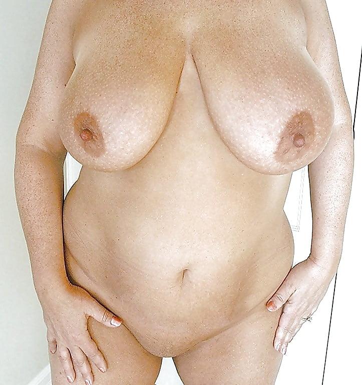Фото груди старых разных женщин