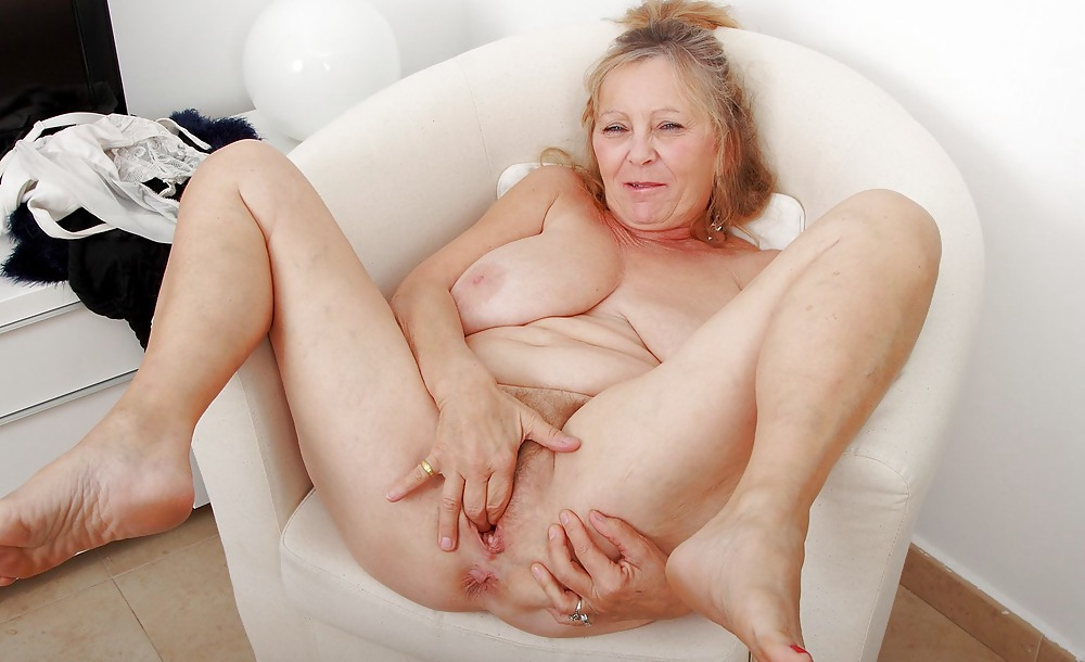tasty-grannys-pussy-mature-mom-boy-sex-video