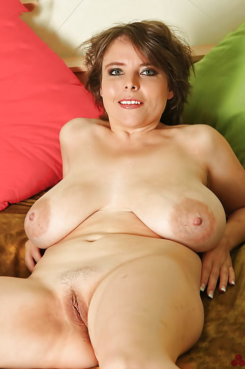 naked-matures-big-breast-sex-granny