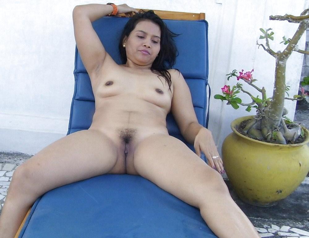 puffy-cunts-indonesia-milf-nudes